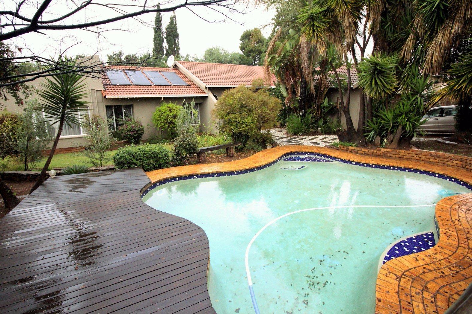 Johannesburg, Glenvista Property  | Houses For Sale Glenvista - Page 3, Glenvista, House 4 bedrooms property for sale Price:1,995,000