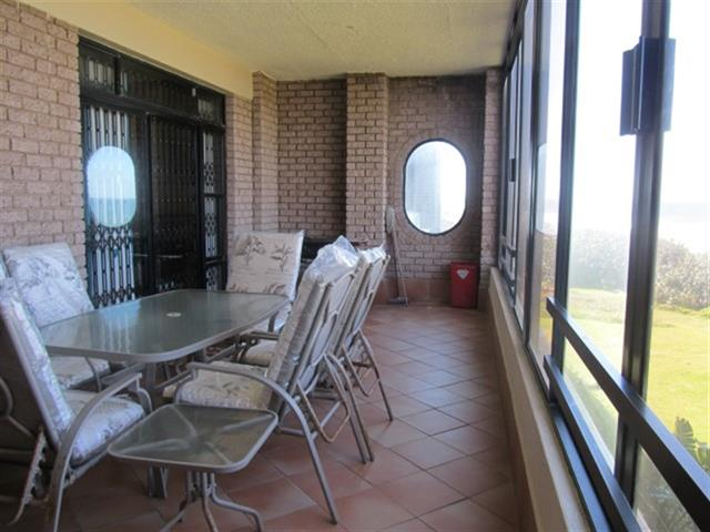 Uvongo property for sale. Ref No: 12725787. Picture no 3