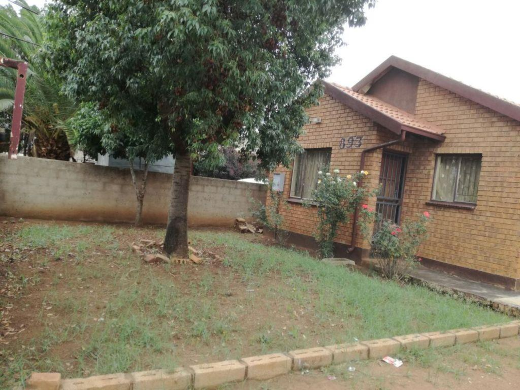 Soshanguve property for sale. Ref No: 13553020. Picture no 1