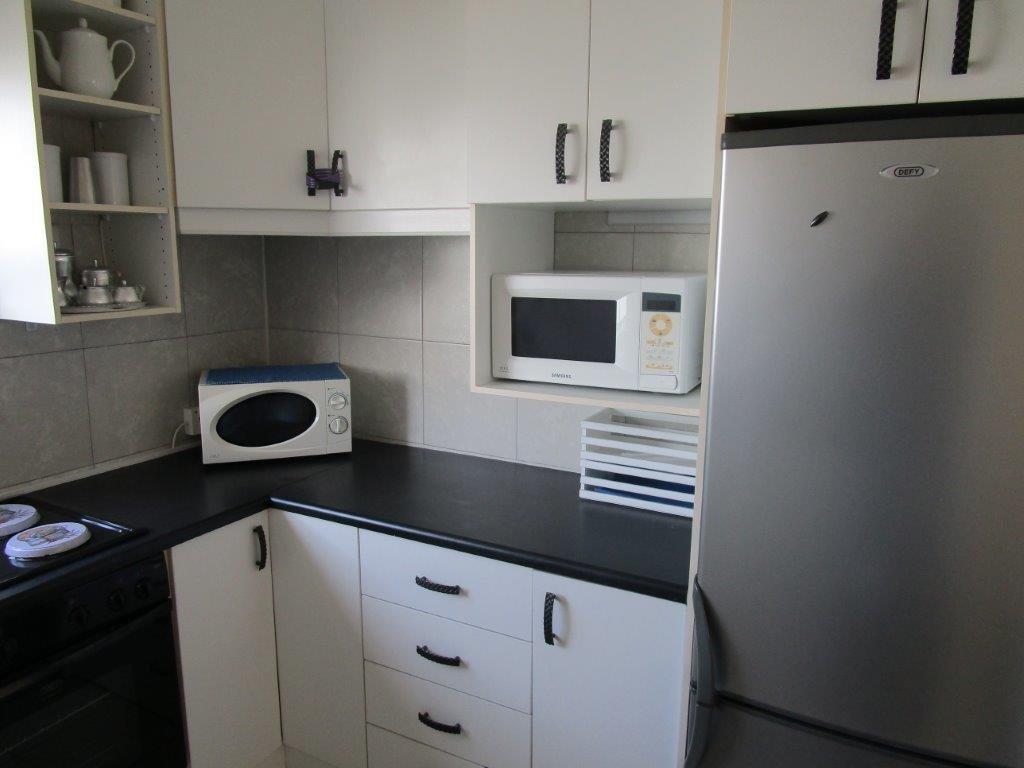 Amanzimtoti property for sale. Ref No: 13577463. Picture no 15