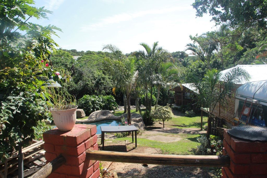 Uvongo property for sale. Ref No: 13327325. Picture no 1