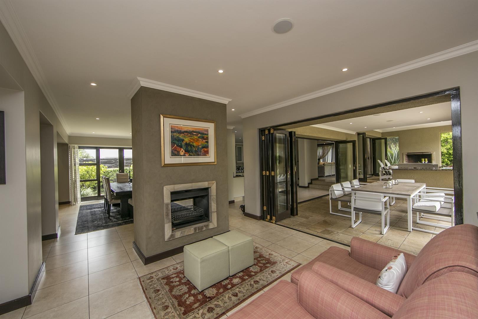 Fernbrook Estate property for sale. Ref No: 13439619. Picture no 11