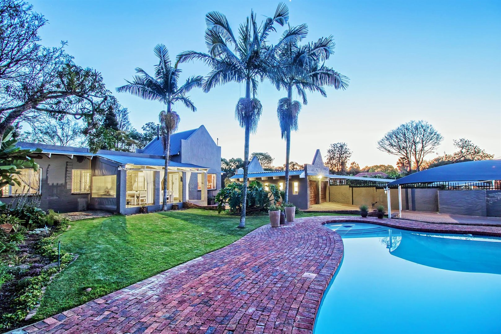Property and Houses for sale in Constantia Park, House, 5 Bedrooms - ZAR 2,890,000