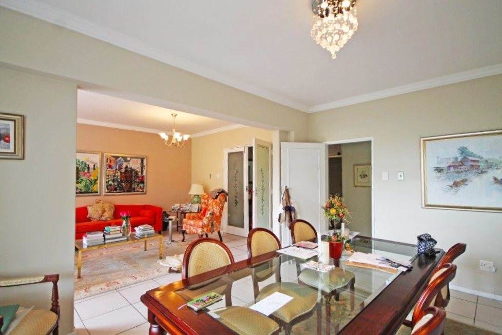 Property and Houses for sale in Kenilworth Upper, Apartment, 2 Bedrooms - ZAR 2,550,000