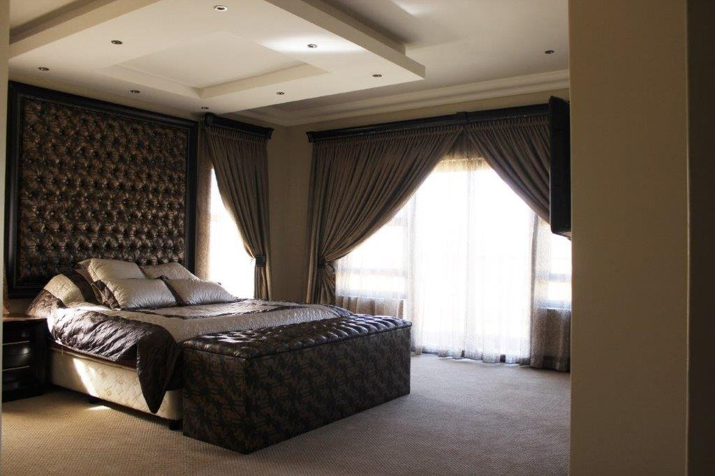 Blue Valley Golf Estate property for sale. Ref No: 13371077. Picture no 16