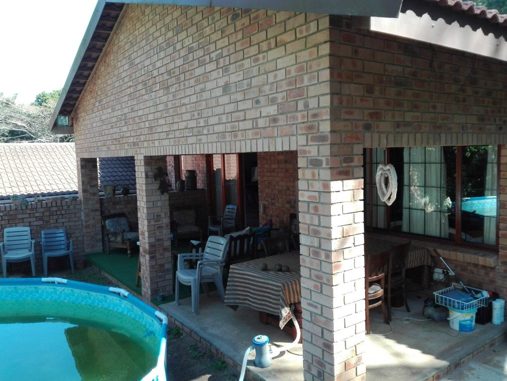 Umtentweni property for sale. Ref No: 13371867. Picture no 19