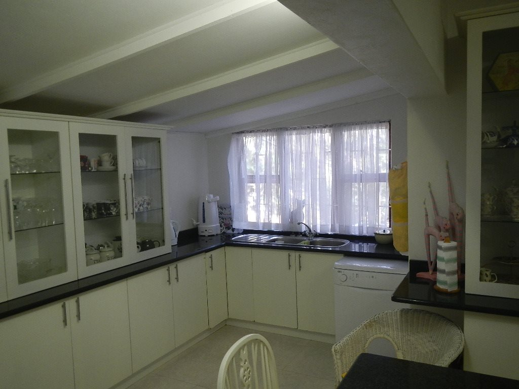 Hibberdene property for sale. Ref No: 12795116. Picture no 4