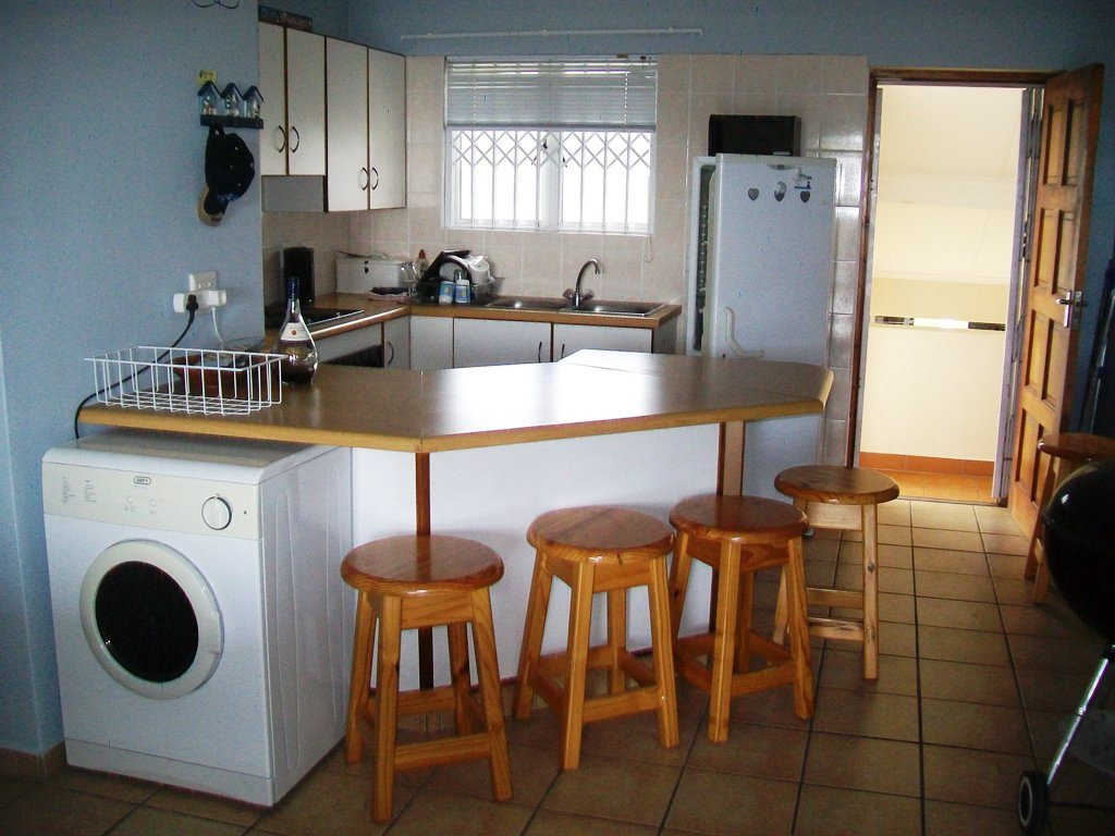 Uvongo property for sale. Ref No: 13283623. Picture no 2