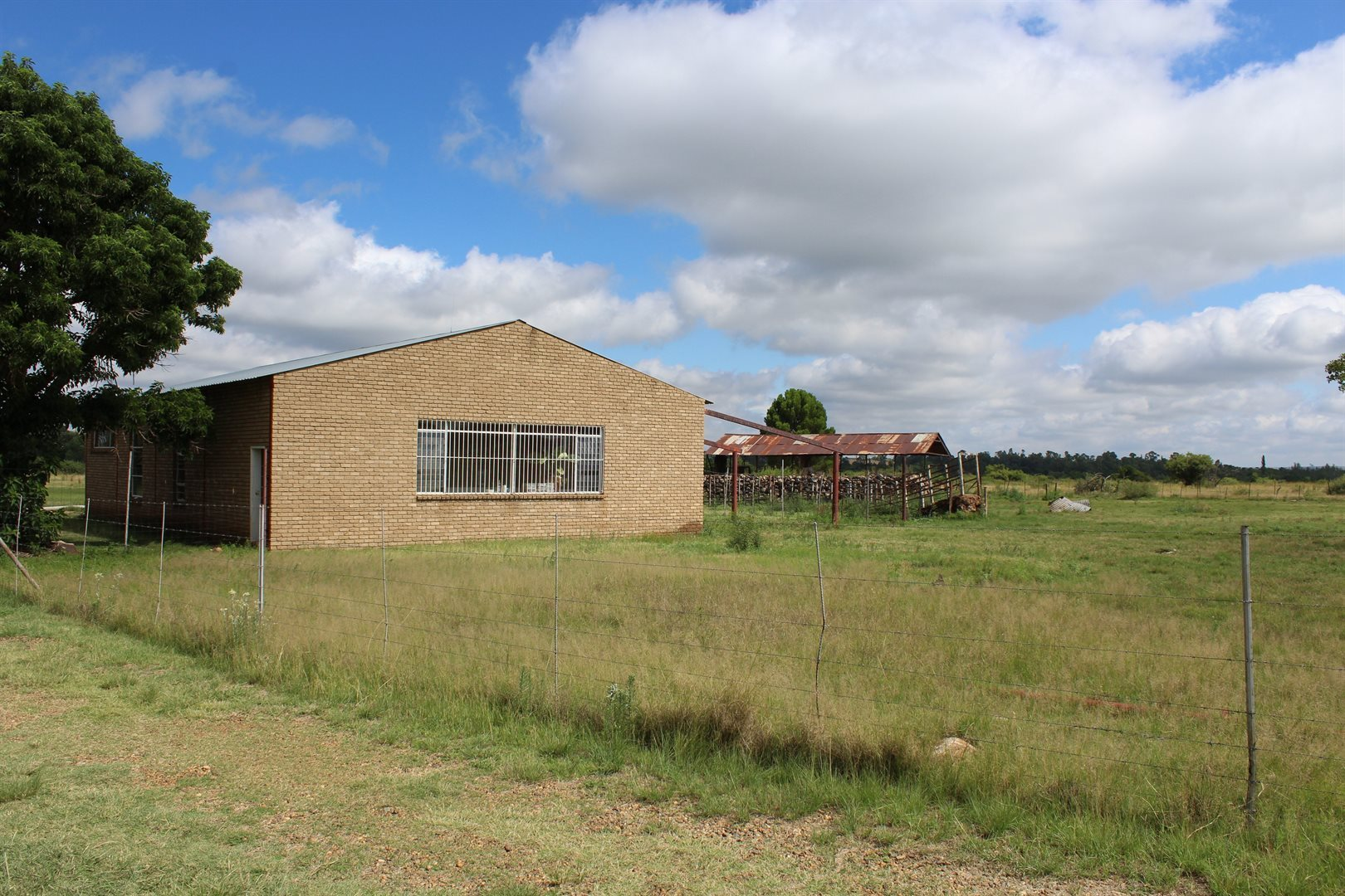 Ventersdorp property for sale. Ref No: 13581250. Picture no 2