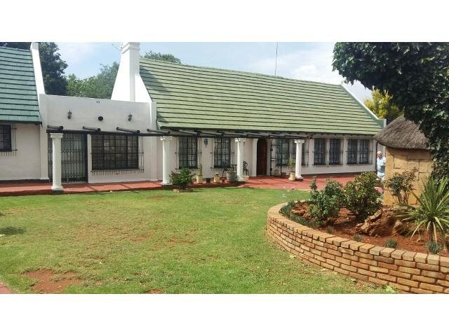 Krugersdorp, Monument Property  | Houses To Rent Monument, Monument, House 3 bedrooms property to rent Price:, 13,00*