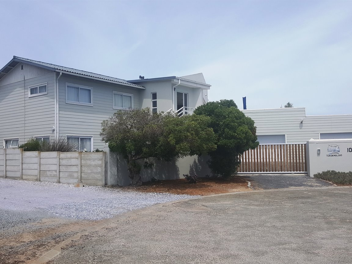Yzerfontein property for sale. Ref No: 13425267. Picture no 3