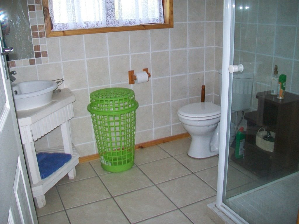 Margate property for sale. Ref No: 13488280. Picture no 18