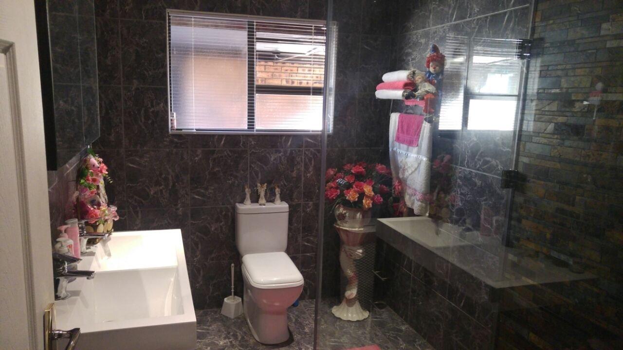 Vanderbijlpark Se8 property for sale. Ref No: 13508216. Picture no 28