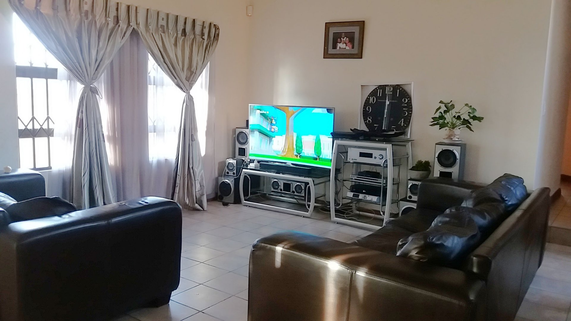 Property to Rent by Yvette Hutton, Townhouse, 4 Bedrooms - ZAR , 13,00*,M