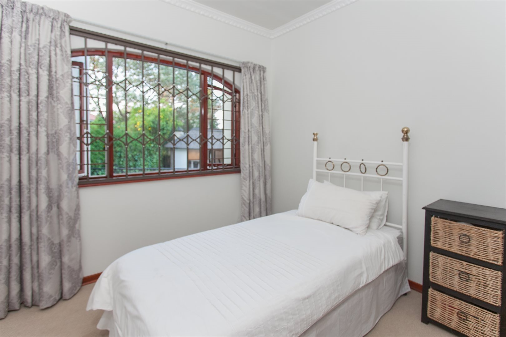 Fourways property for sale. Ref No: 13551719. Picture no 11