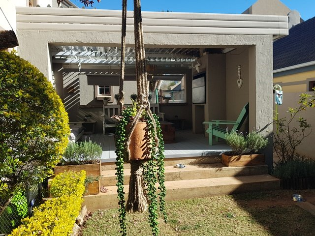 Property and Houses for sale in Rietvalleirand, House, 3 Bedrooms - ZAR 1,890,000