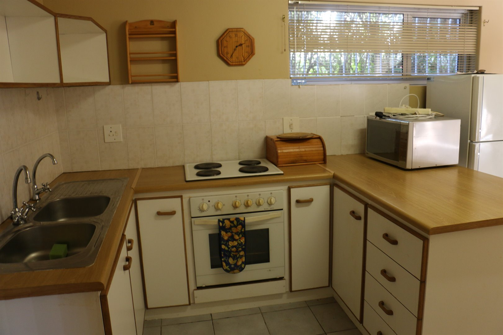 Myburgh Park property for sale. Ref No: 13479836. Picture no 31