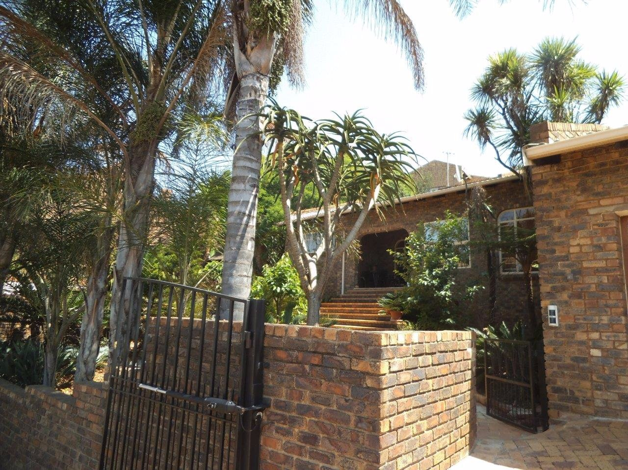 Johannesburg, Glenvista Property  | Houses For Sale Glenvista - Page 2, Glenvista, House 4 bedrooms property for sale Price:2,600,000