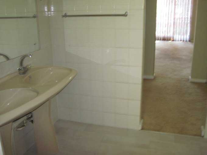 Theresapark property for sale. Ref No: 13506744. Picture no 14