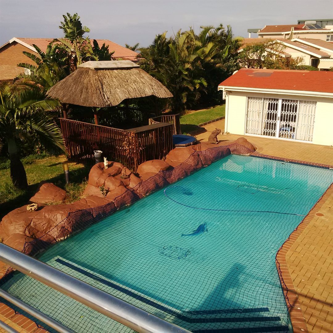 Amanzimtoti property for sale. Ref No: 13521518. Picture no 9