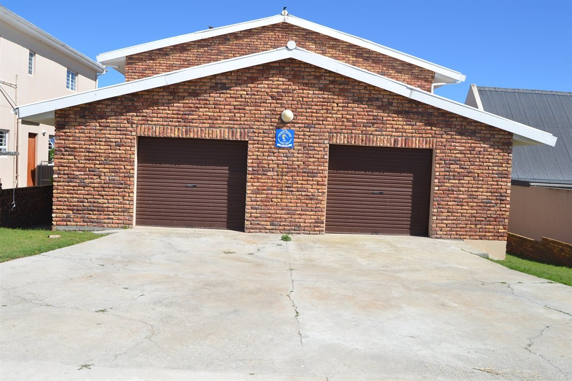 Lamberts Bay property for sale. Ref No: 13394487. Picture no 23