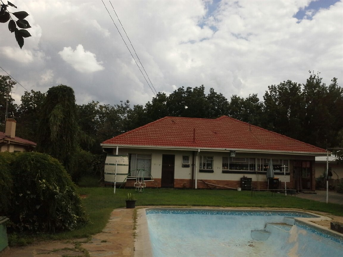 Three Rivers property for sale. Ref No: 13294237. Picture no 8