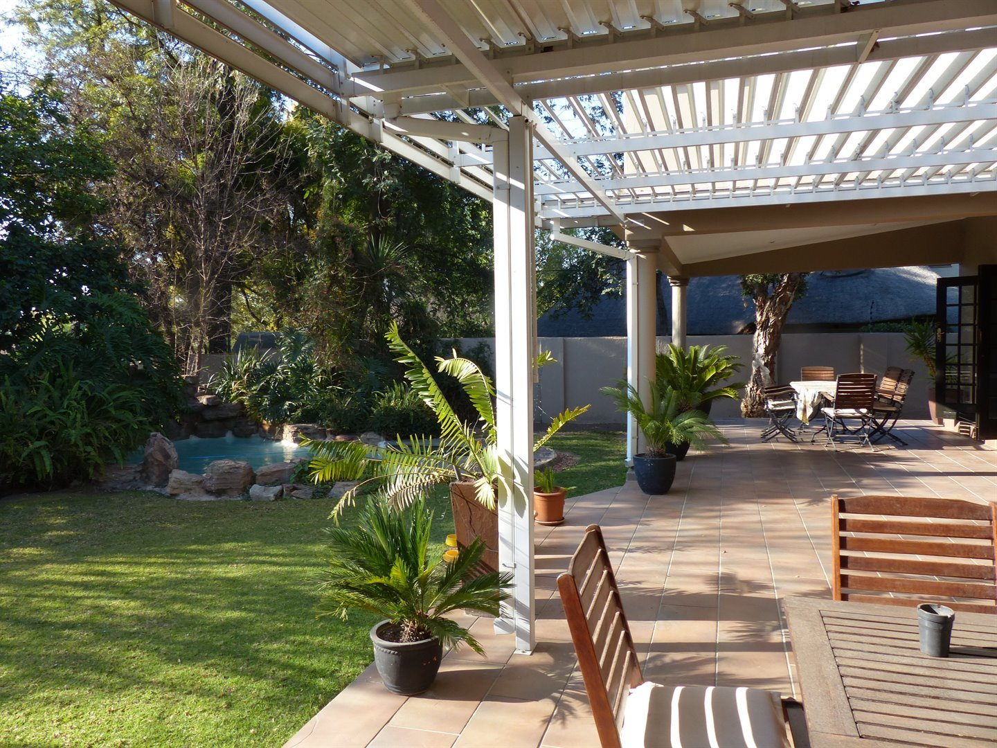 Lonehill property for sale. Ref No: 13510828. Picture no 16