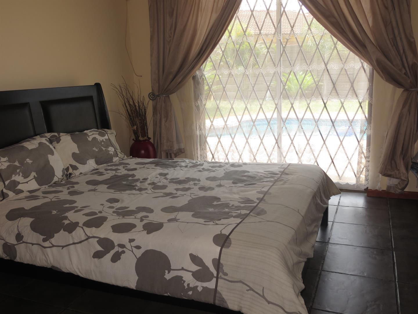 Birdswood property to rent. Ref No: 13464252. Picture no 9