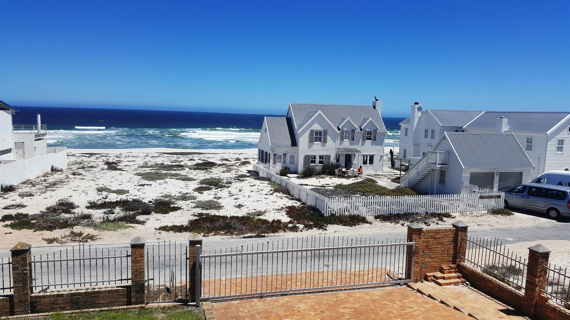 Yzerfontein property for sale. Ref No: 13442497. Picture no 38