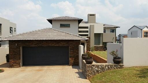 Midstream Ridge Estate property for sale. Ref No: 13462257. Picture no 5