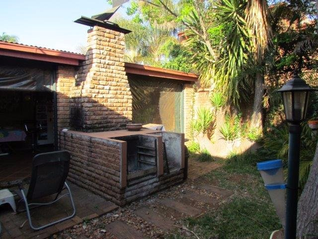 Elarduspark property for sale. Ref No: 13531289. Picture no 12