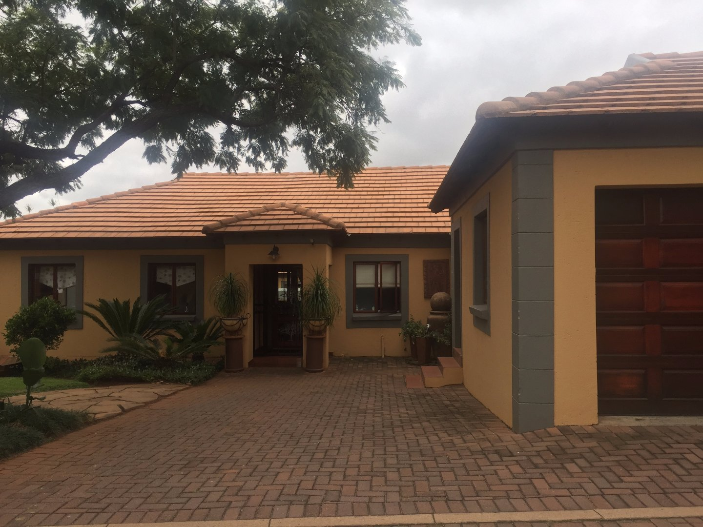 Property and Houses for sale in Heatherview, House, 3 Bedrooms - ZAR 1,537,000
