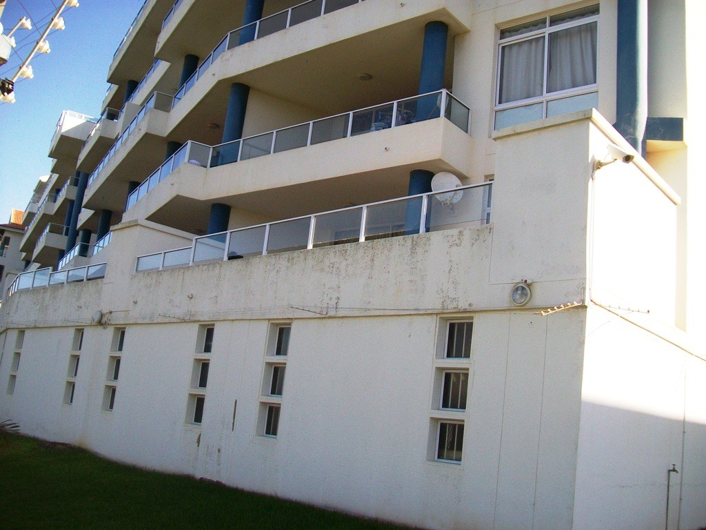 Margate property for sale. Ref No: 12737627. Picture no 18