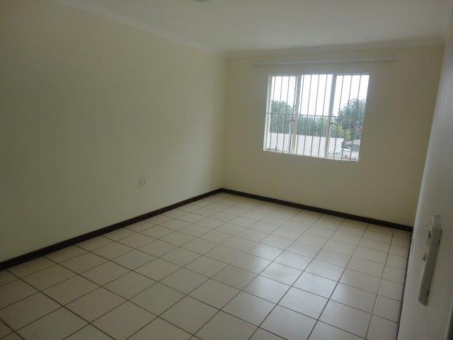Parktown North property to rent. Ref No: 13553041. Picture no 12