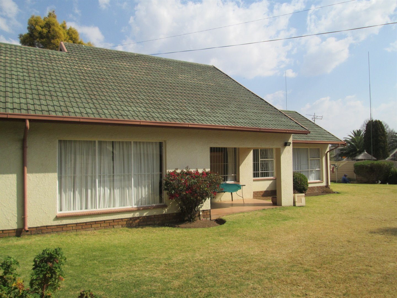 Brackenhurst property for sale. Ref No: 13540618. Picture no 26
