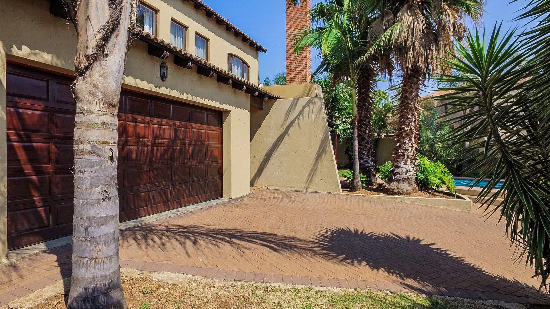 Irene View Estate property for sale. Ref No: 13519995. Picture no 21