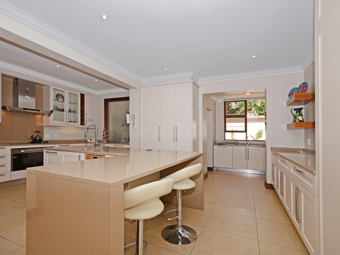 Houghton Estate property for sale. Ref No: 13429041. Picture no 5