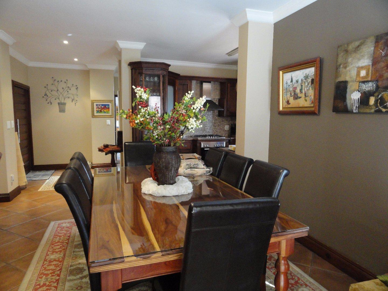Silver Stream Estate property for sale. Ref No: 13521621. Picture no 4