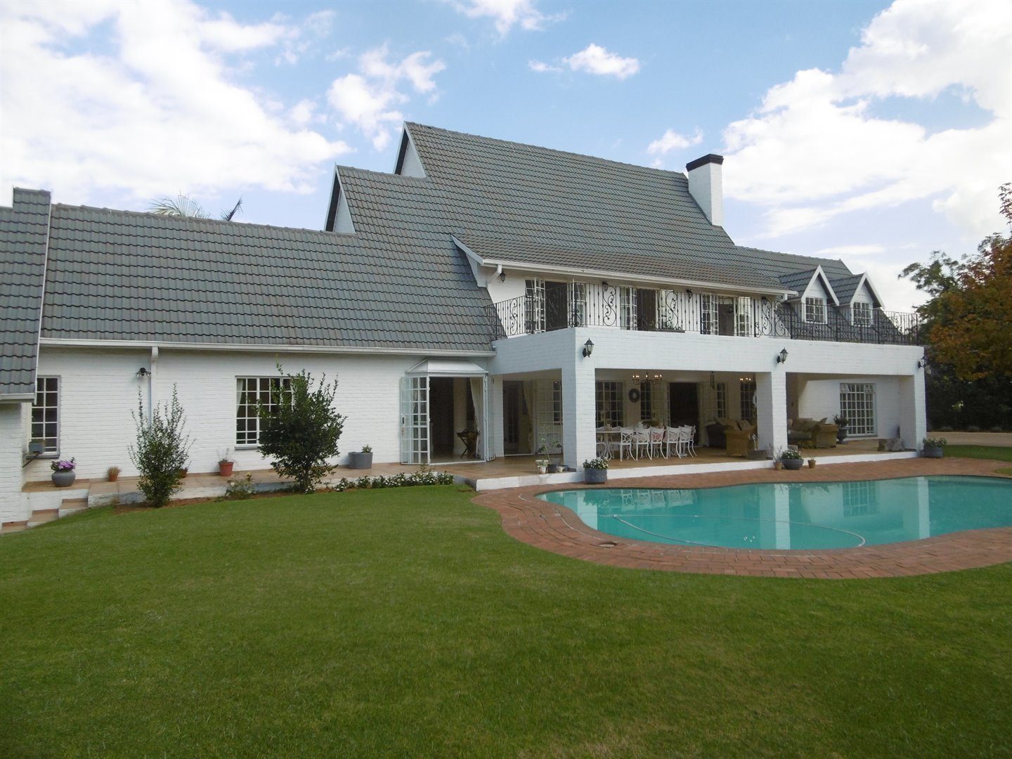 Bryanston & Ext property for sale. Ref No: 13482413. Picture no 1