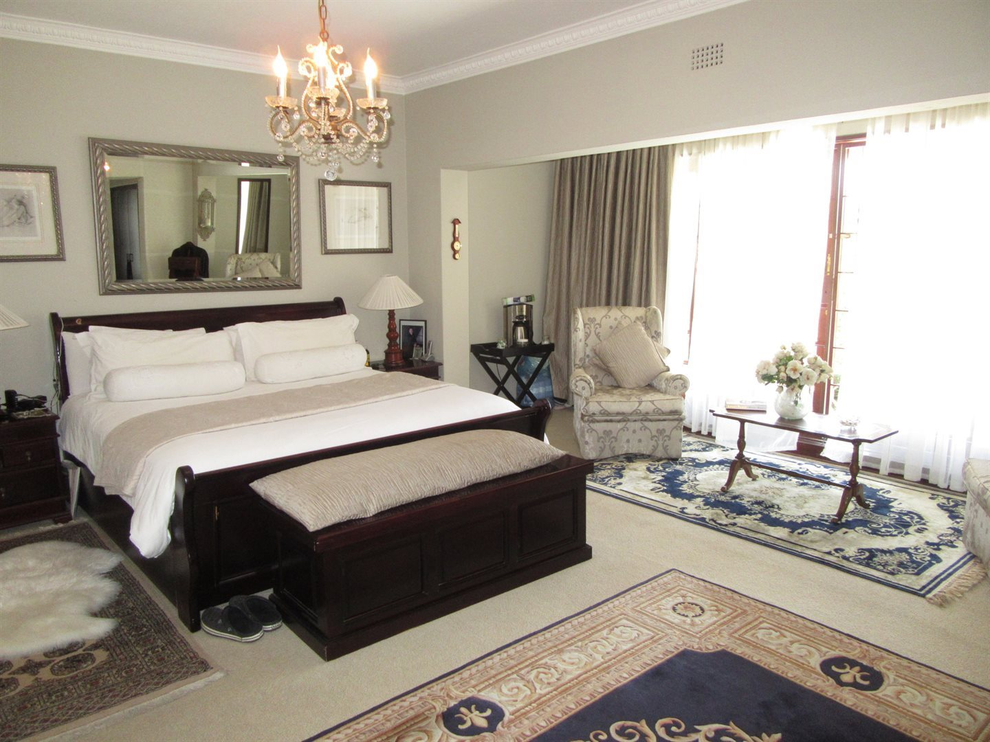 Bryanston property to rent. Ref No: 13553051. Picture no 13