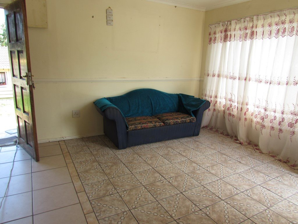 Margate property for sale. Ref No: 13422747. Picture no 6