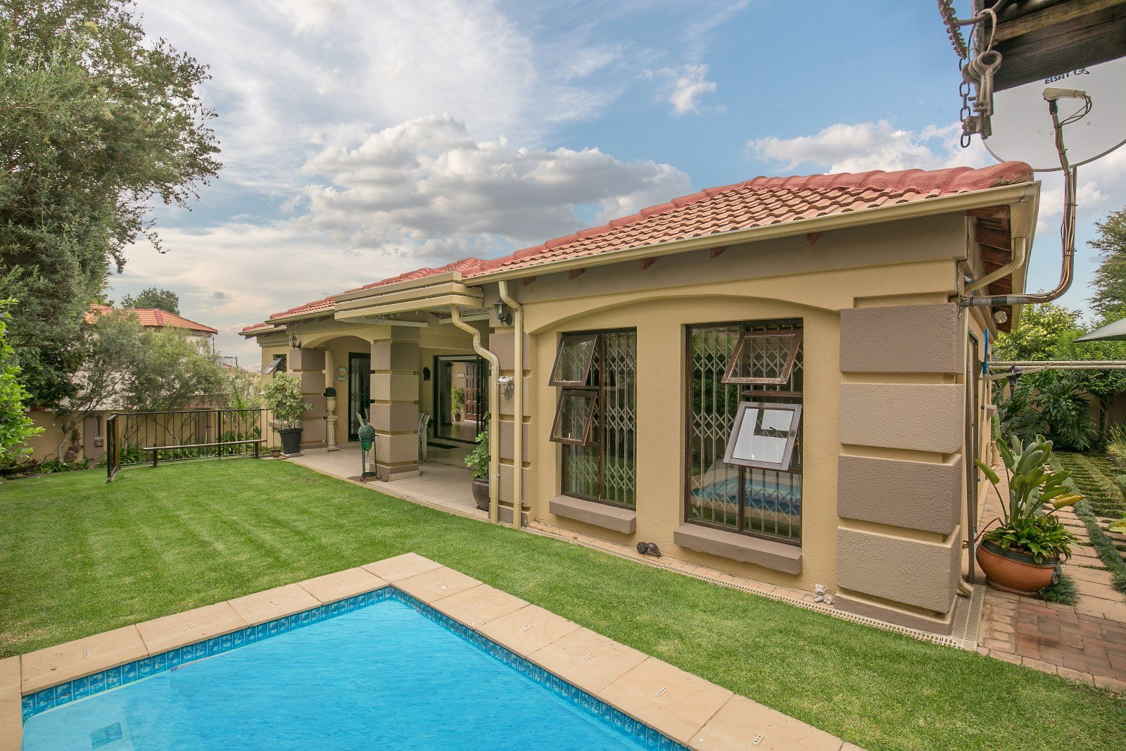 Johannesburg, Mulbarton Property  | Houses For Sale Mulbarton, Mulbarton, House 3 bedrooms property for sale Price:2,690,000
