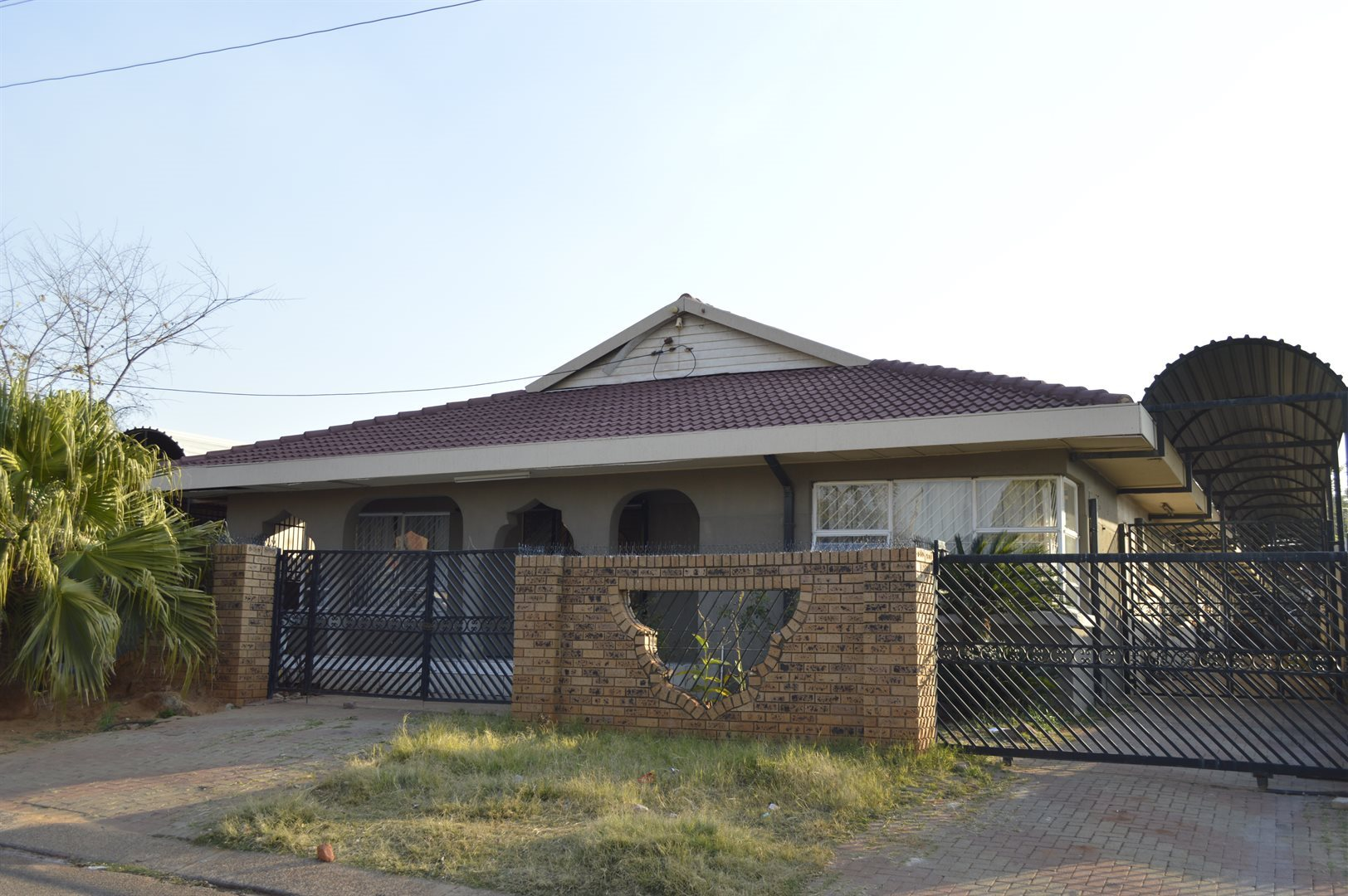 Centurion, Laudium Property  | Houses For Sale Laudium, Laudium, House 6 bedrooms property for sale Price:2,295,000