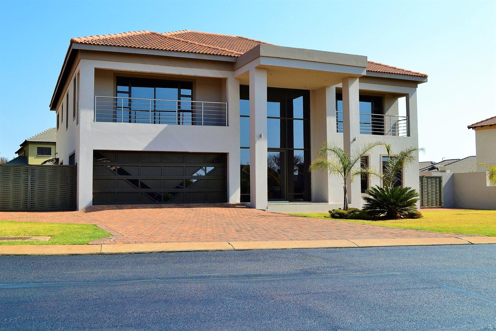 Stone Ridge Country Estate property for sale. Ref No: 13526002. Picture no 24