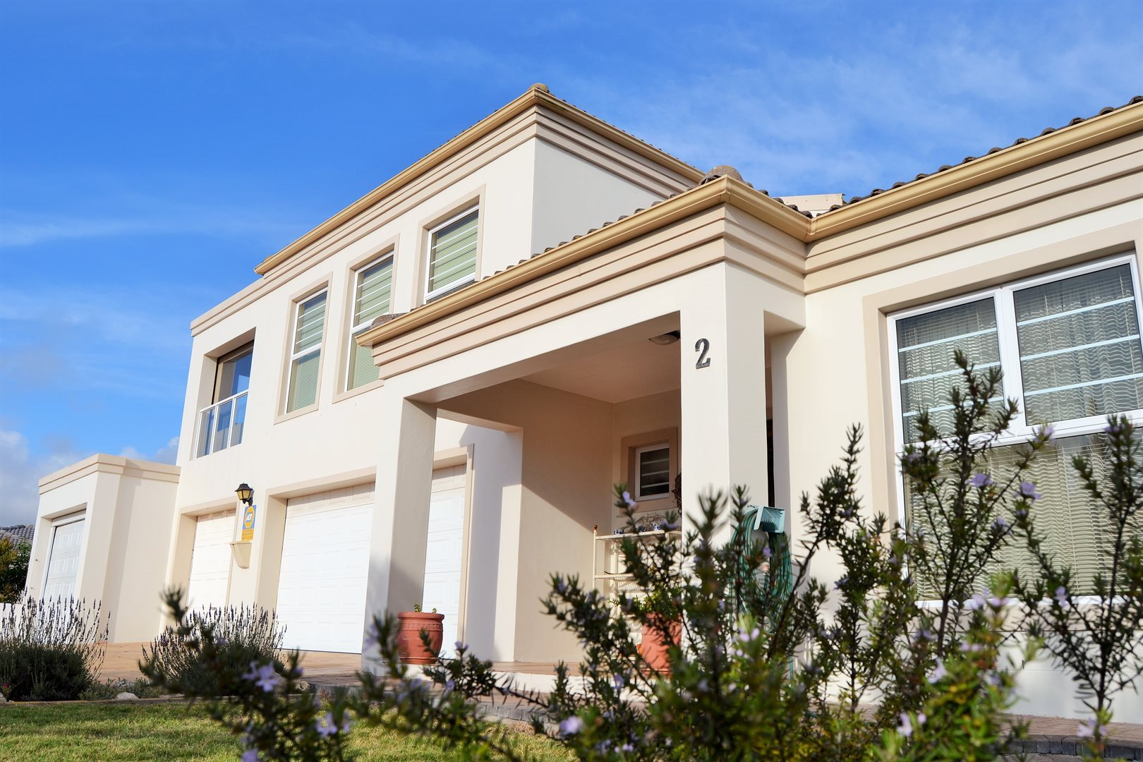 Property and Houses for sale in Country Club, House, 3 Bedrooms - ZAR 2,850,000