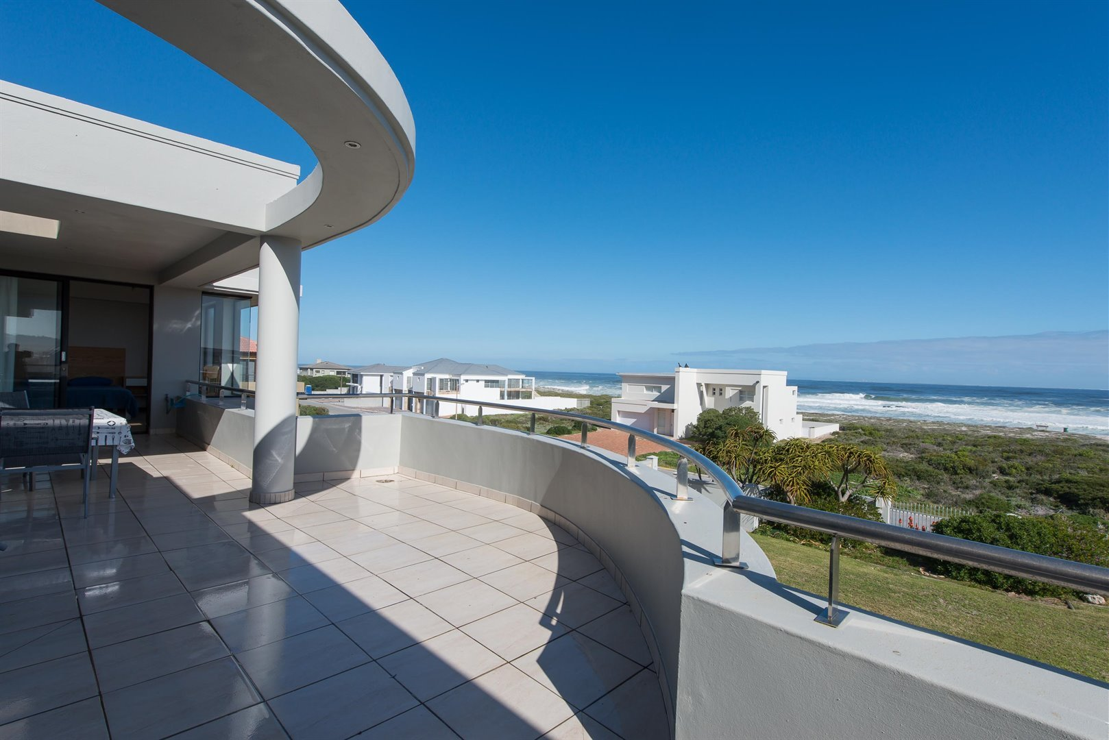 Yzerfontein property for sale. Ref No: 13373287. Picture no 3