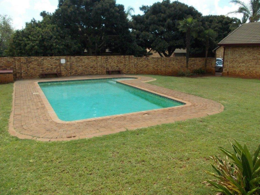 Property and Houses to rent in Gauteng - Page 4, Apartment, 3 Bedrooms - ZAR ,  7,00*,M