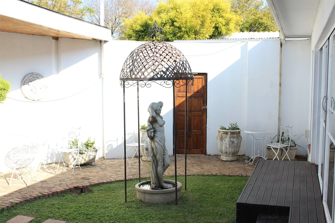 Potchefstroom property for sale. Ref No: 13394118. Picture no 9