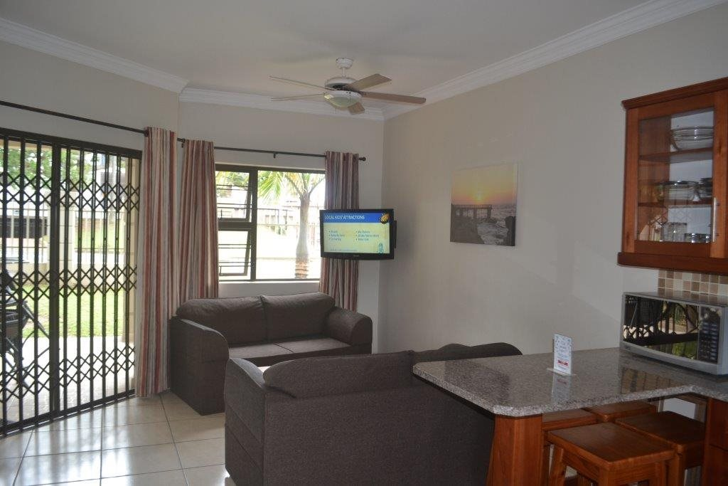 Uvongo property for sale. Ref No: 13560786. Picture no 7