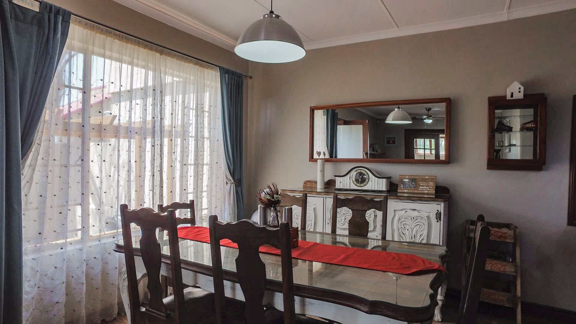 Highveld property for sale. Ref No: 13541901. Picture no 5